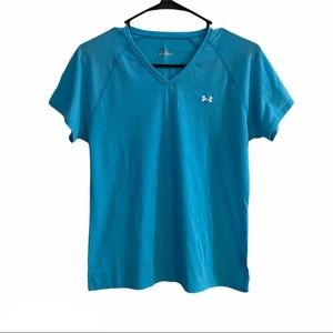 UNDER ARMOUR woman's work out shirt v-neck